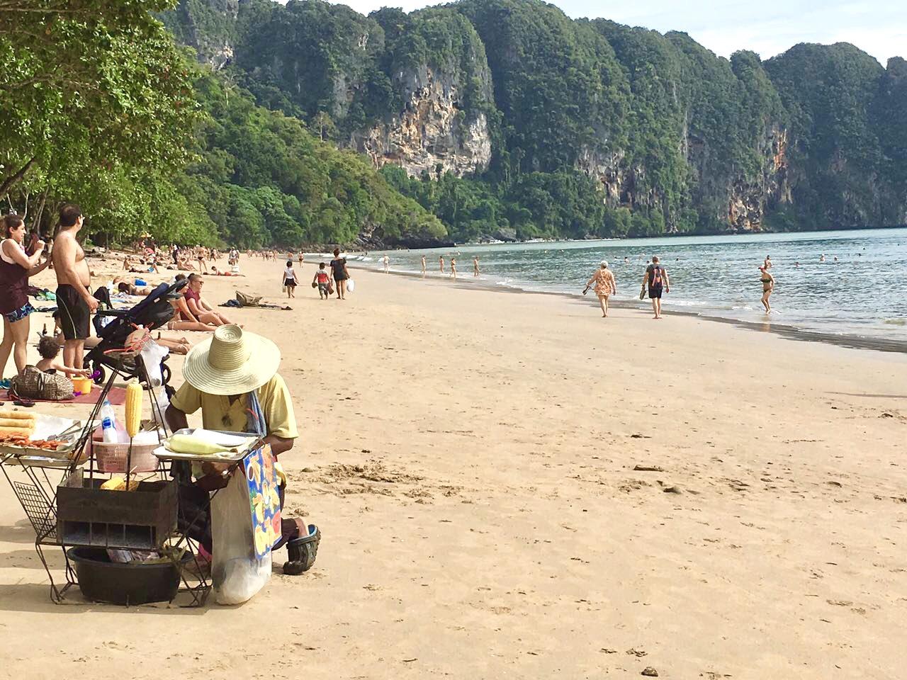 Ao Nang Beach, leckeres Essen am Strand