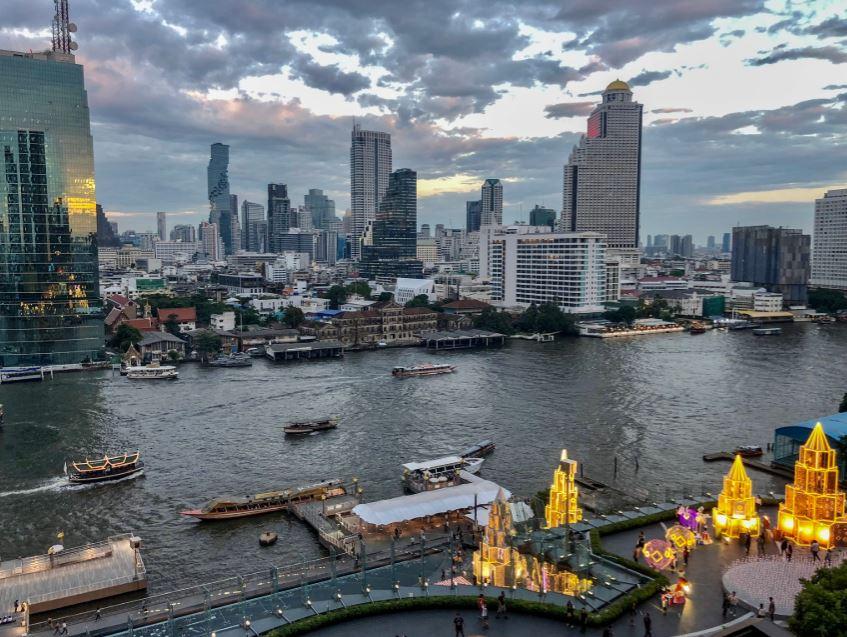 Bangkok Sehenswürdigkeiten, Blick über Bangkok in der Dämmerung