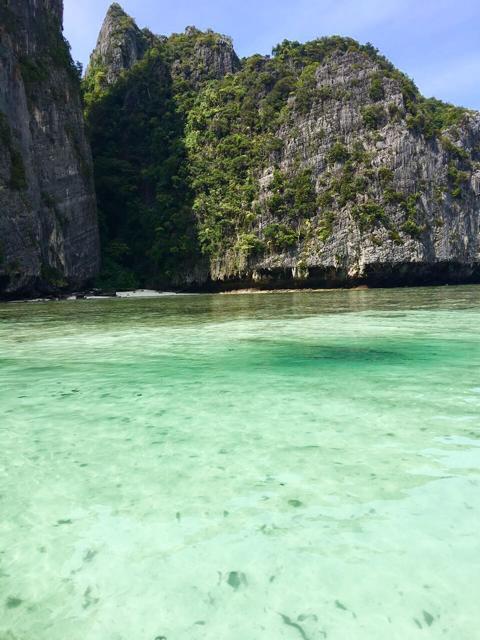 Lagune mit traumhaftem Wasser auf Phi Phi Leh Thailand