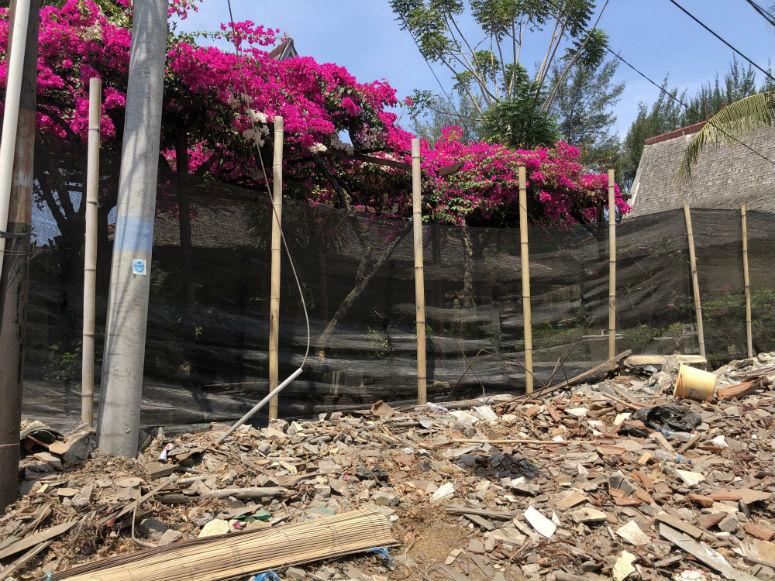 Zerstörungen durch Erdbeben auf Gili Trawangan