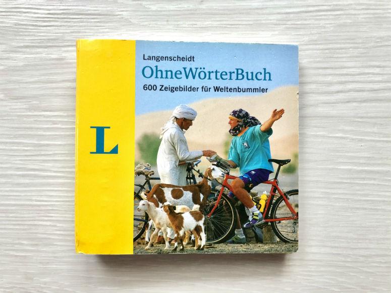 Kleines Buch mit Bildern, um ohne Fremdsprachenkenntnisse zu kommunizieren