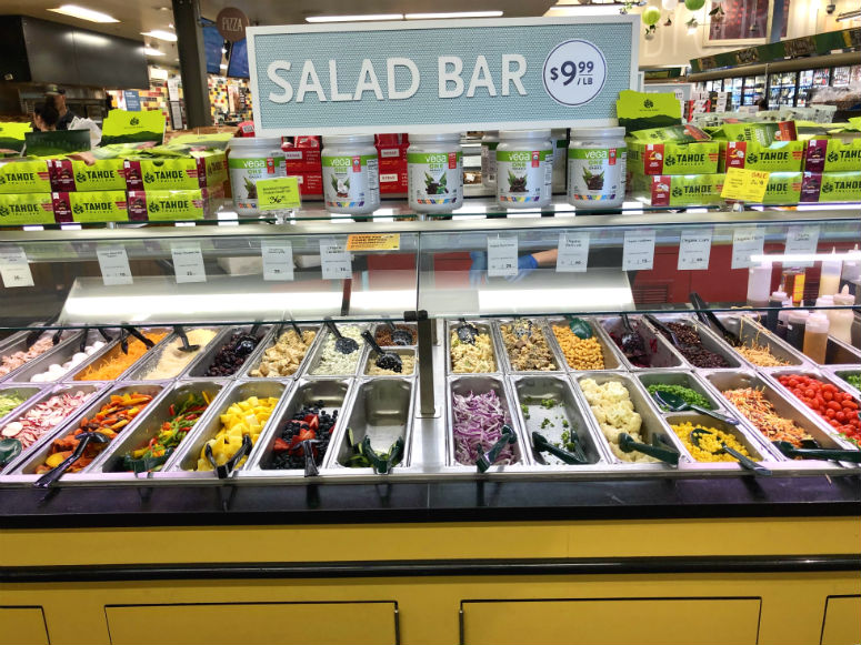 Salat Bar im Whole Foods Market