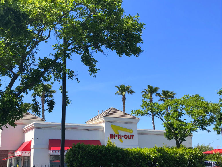 Außenansicht In-N-Out Burger