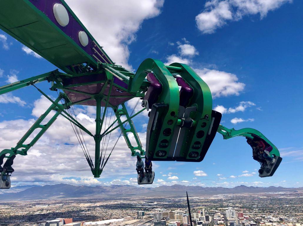 Karussell hoch oben auf dem Stratosphere Tower