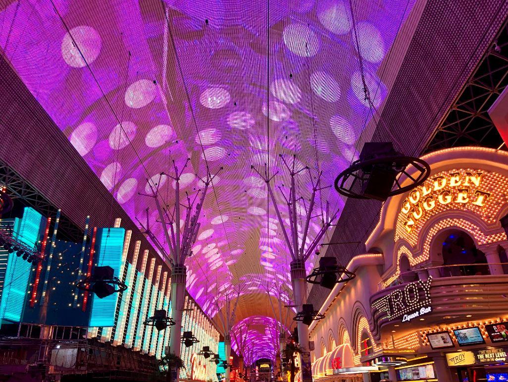Fremont Street, beleuchtetes Dach