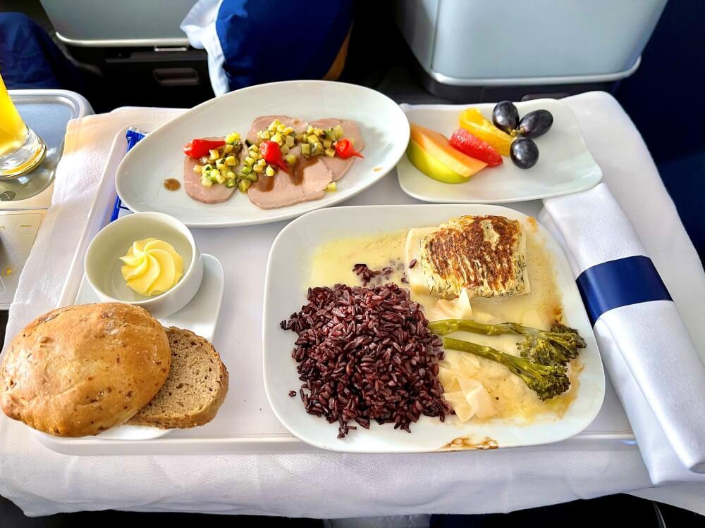 Essen in der Lufthansa Business Class